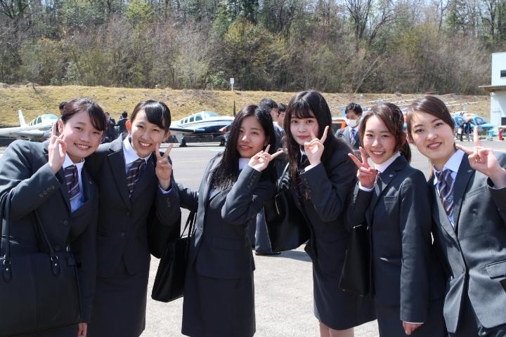 過去最多8名の留学生を含む197名の新入生を迎える入学式を開催